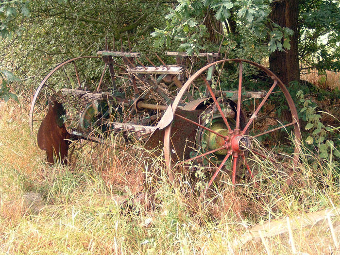 Abandoned farm machinery, Woodplumpton